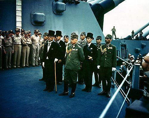 Surrender_of_Japan_-_USS_Missouri