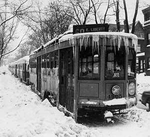 Pittsburgh_pa_trolley_blizzard_25Nov1950